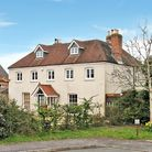 The Dairy Farm, Purbrook 799,995 Farmhouse dating from early 18th century with impressive master b