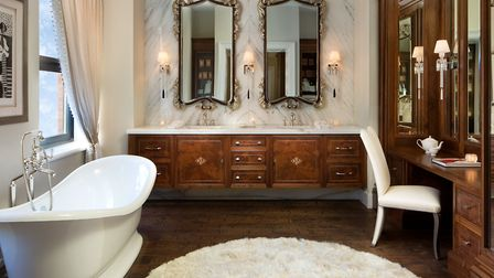 Luxury bathing to order from Clive Christian Furniture, in this high end Chicago apartment Photo: J