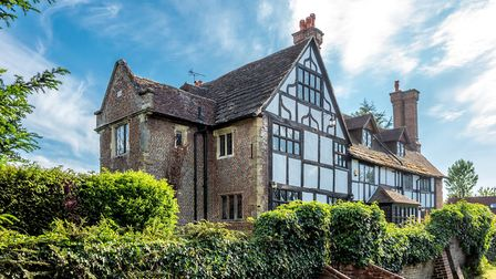 Hammonds Place is one of the oldest buildings in the area, dating from about 1570 or so, and sits ju
