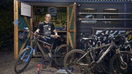 Mike Troup, bike mechanic at Bike9 from Wilmslow Photo: Alex Livesey