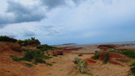 Little Eye, view towards Middle Eye and Hilbre Island by Paul Taylor