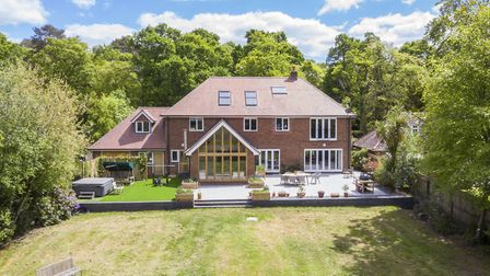 Sway Road, Brockenhurst 1,495,000 Well-presented six-bedroom home with stables in grounds of 1.88