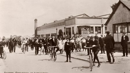 Workers in Letchworth at the time of the First World War. By the end of the conflict a quarter of re