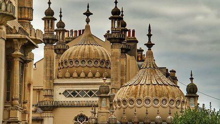 Brighton Pavillion by Nick Fewing (creativecommons.org/licenses/by/2.0) via https://flic.kr/p/PVKpuC