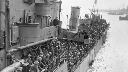 Troops evacuated from Dunkirk about to berth at Dover, 31 May 1940 (author – M. Puttnam & Mr Malindi