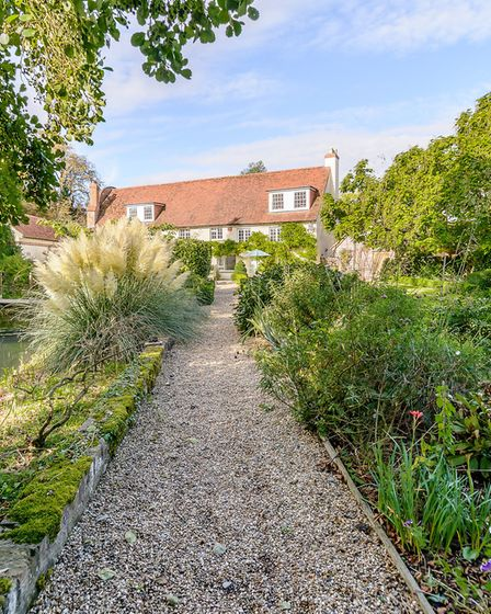 Pathway to the rear of the house (photo: Savills)