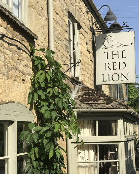 The Red Lion, Long Compton
