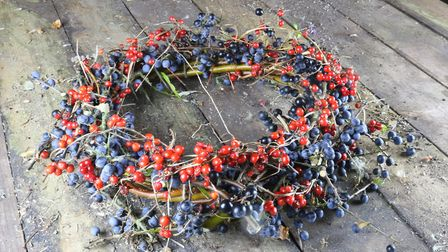 A natural berry wreath