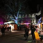Winchester Christmas Market by Herry Lawford (creativecommons.org/licenses/by/2.0) via flic.kr/p/NsQ