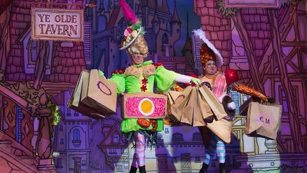 Matthew Rixon and Matthew Kelly as the Ugly Sisters at the New Wimbledon Theatre, Christmas 2014 (ph
