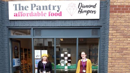 Diamond Hampers' Lianne Simpson and Charlotte Heritage open shop