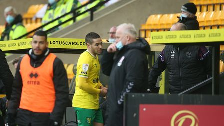 Emiliano Buendia of Norwich is sent off by Referee Keith Stroud during the Sky Bet Championship matc