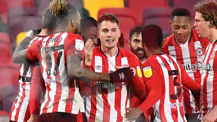 Brentford's Sergi Canos celebrates scoring their side's fifth goal of the game during the Sky Bet Ch