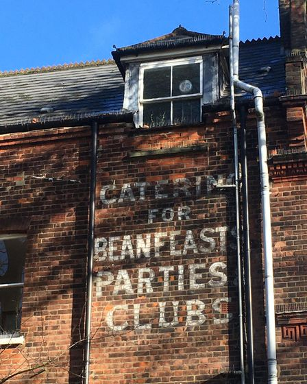 """""""Catering for Beanfeasts, Parties, Clubs"""" in Highgate West Hill, overlooking Hampstead Heath"""