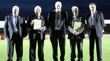 Redbridge's Len Cordell received a special award for 50 years of service to football from the FA (pi