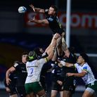 Sam Simmonds of Exeter Chiefs wins the line out ball during the Gallagher Premiership Rugby Match be