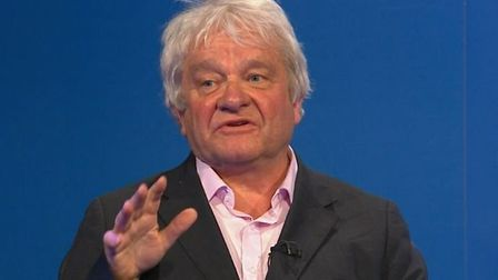 Scientific expert Sir Paul Nurse claims that ministers were 'on the backfoot' when it came to dealin