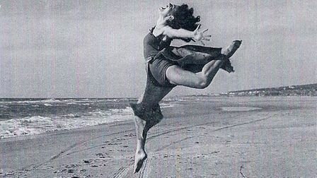 Ruth Posner danced with London Contemporary Dance before retraining as an actress