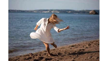 Picture of dancer on Torquay beach