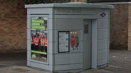 An automated toilet in Avenue Road, Harold Wood