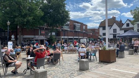 Hitchin Market Place outdoor dining eat alfresco