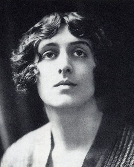 Black and white photograph of author and garden designer Vita Sackville-West in 1924