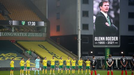 A minutes silence was held for former Norwich Manager Glenn Roeder before the Sky Bet Championship m