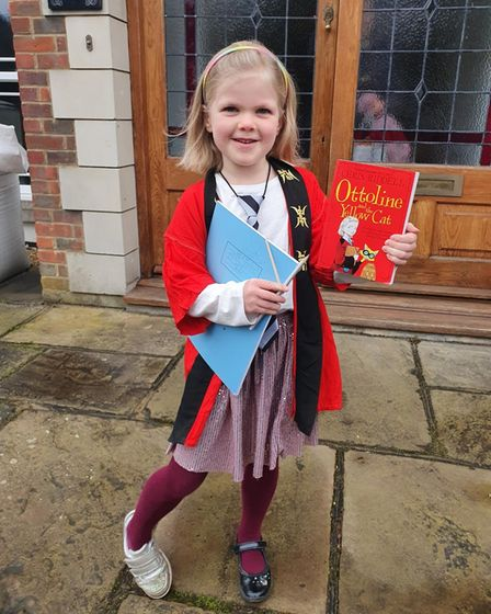 Emmeline Murray dressed up as Ottoline Brown from Chris Riddell's Ottoline and the Yellow Cat