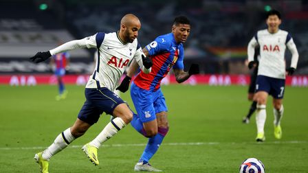 Tottenham Hotspur's Lucas Moura (left) and Crystal Palace's Patrick van Aanholt battle for the ball
