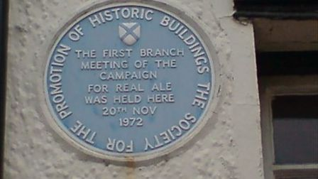 The plaque on the side of The Farriers Arms marking the first meeting of CAMRA.