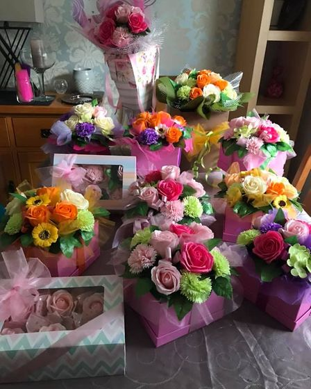 Zerenity.uk delivers flower bouquets made out of soap to Norwich and the surrounding areas, with collection and postage...