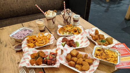 We tried the 4-way Taster Platter with every flavour nugget.