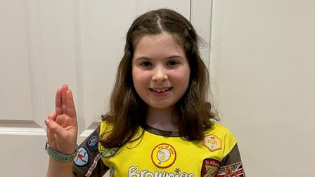 Darcy from the24th St Albans Brownies saying her Brownie promise