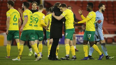 Norwich Head Coach Daniel Farke and the Norwich players at the end of the Sky Bet Championship match