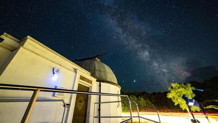 Norman Lockyer Observatory. Stars and Comet Neowise.