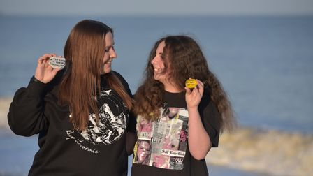 Sisters Lauren and Teddi Searle have been spreading joy throughout Felixstowe by writing messages of
