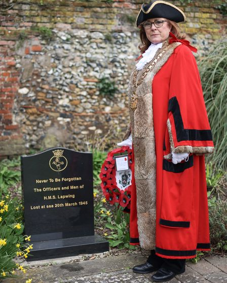Cllr Heather Asker, Mayor of Saffron Walden, with the Town Council wreath