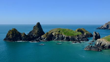 Reasons to move to Cornwall plus favourite places and average house prices