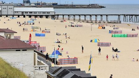 beach lowestoft