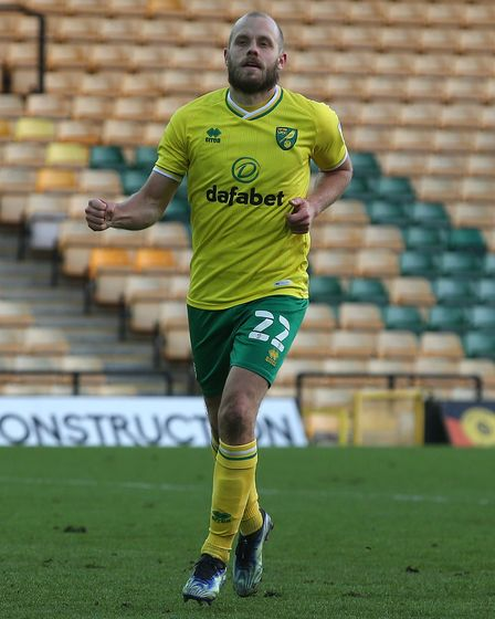 Teemu Pukki of Norwich celebrates scoring his sideÕs 4th goal from the penalty spot during the Sky B