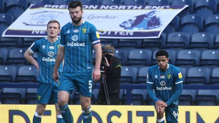Norwich City conceded a 95th minute equaliser in a 1-1 Championship draw against Preston