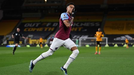 West Ham United's Jesse Lingard celebrates scoring their side's first goal of the game during the Pr