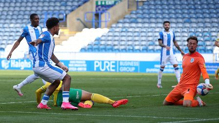 Adam Idah goes close for Norwich City at Huddersfield