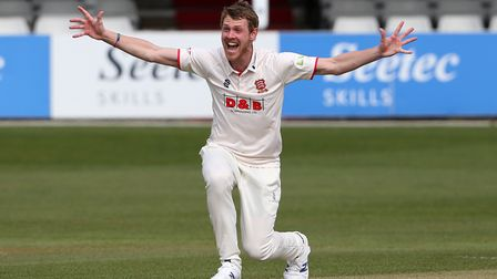 Jamie Porter of Essex appeals for the wicket of Keaton Jennings during Essex CCC vs Lancashire CCC,