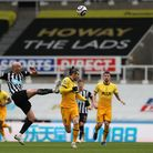 Newcastle United's Jonjo Shelvey and Tottenham Hotspur's Gareth Bale battle for the ball during the