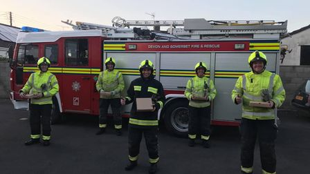 Cheddar firefighters with pizzas