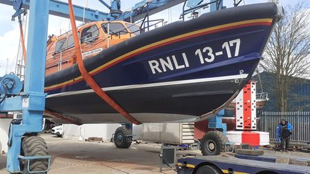 Skegness lifeboat arrives in Wisbech