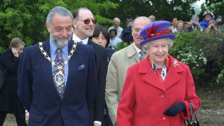 Cllr Alan Weinberg took the Queen and Prince Philip on a tour of the Allotment Project in Redbridge