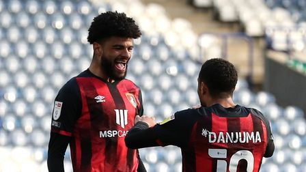 AFC Bournemouth's Philip Billing (centre right) celebrates scoring their side's first goal of the ga