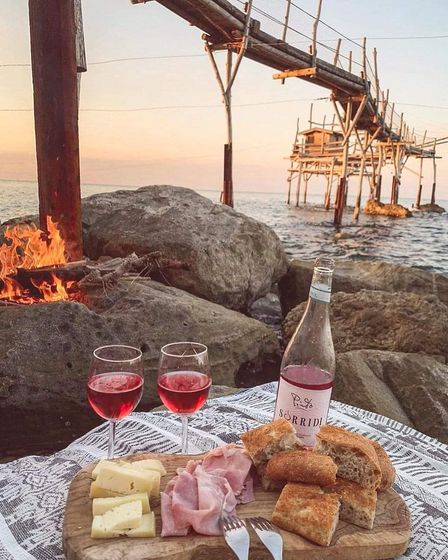 Enjoy Abruzzo seafood and fish on the beach